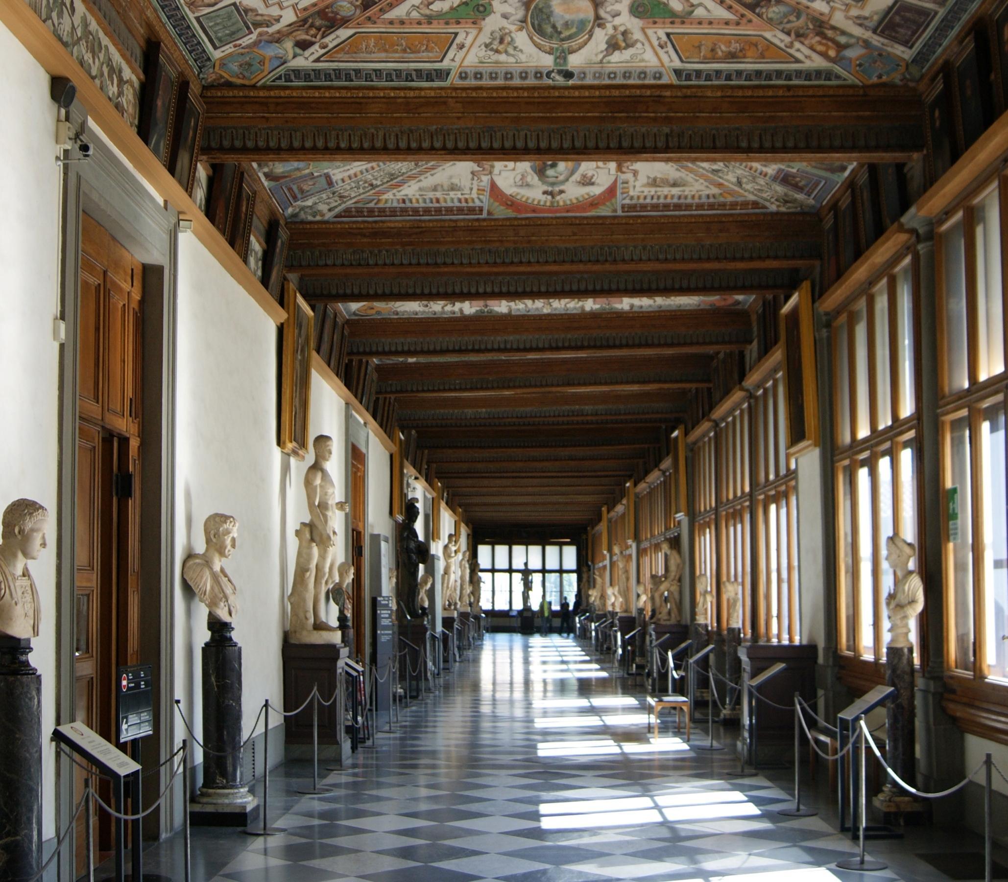 Uffizi aiutano Archeologico Firenze