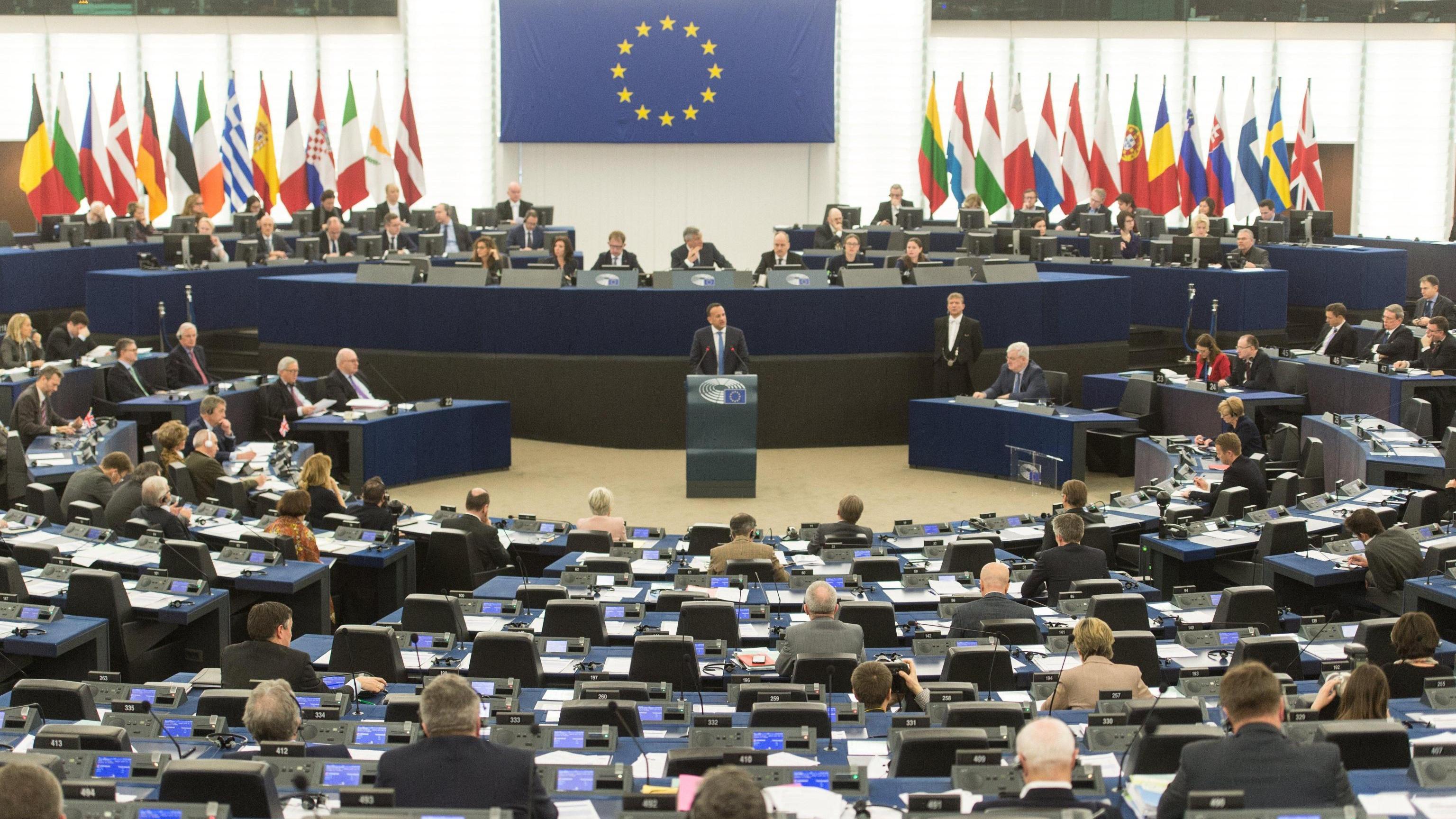 Brexit:3 seggi in più al Pe per l'Italia