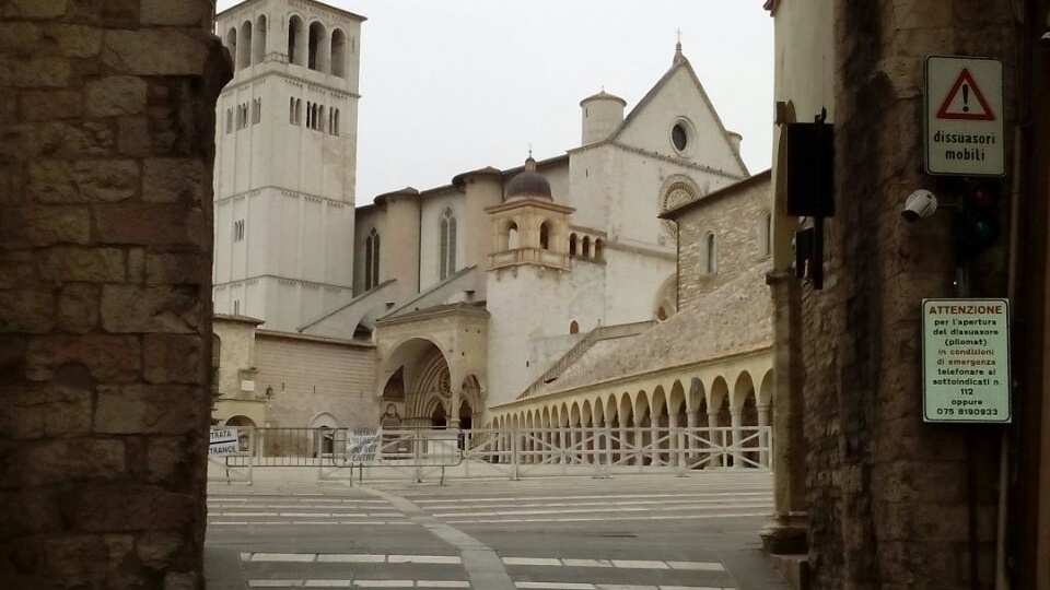 Misure sicurezza in area Basilica Assisi