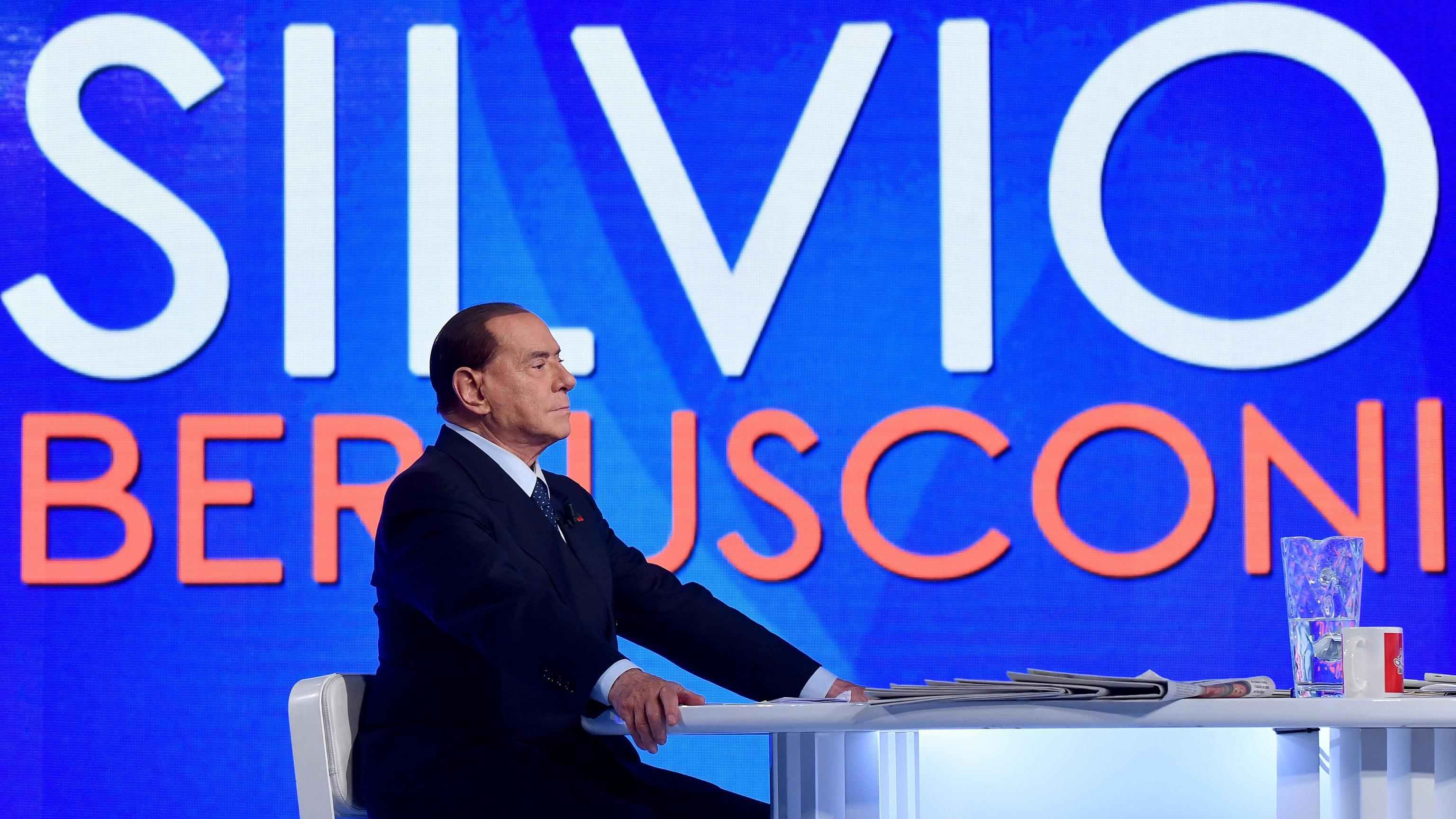 Berlusconi, flat tax al 23%, e scenderà