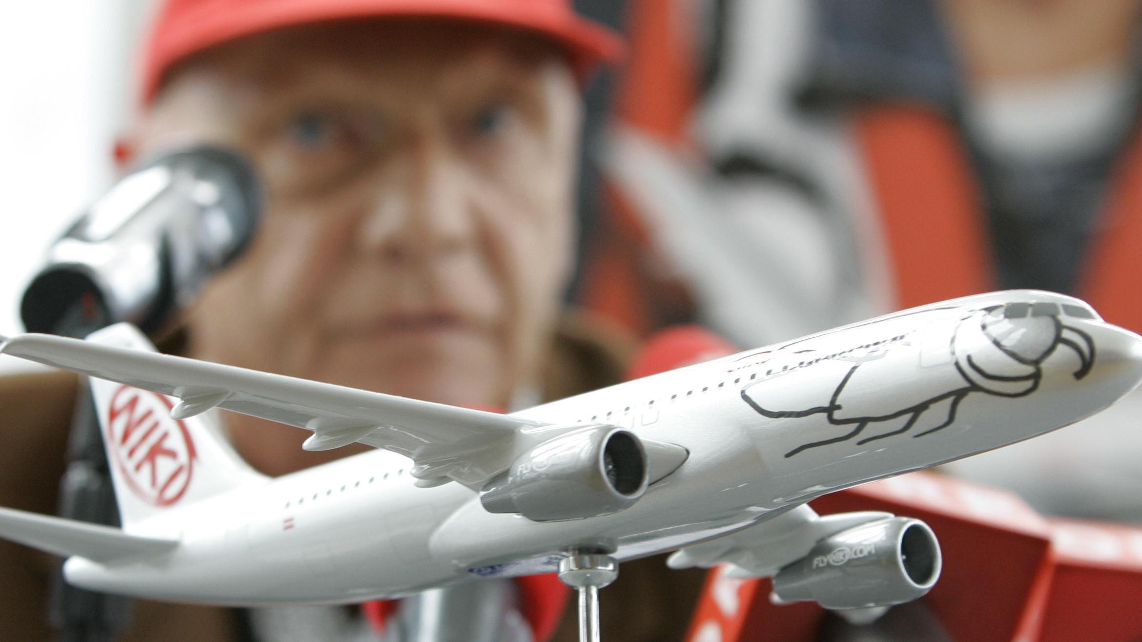 Air Berlin,Niki torna al fondatore Lauda