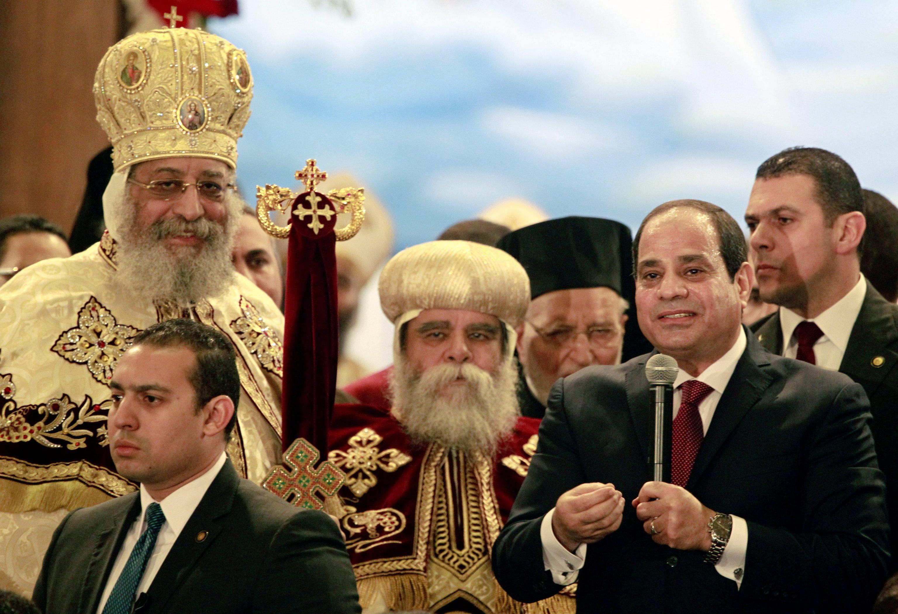 Egitto: Sisi celebra Natale con i copti