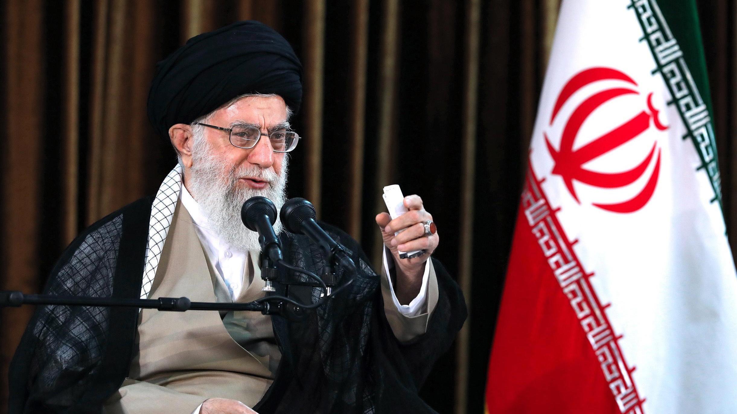 Khamenei complotti contro unit islam virgilio notizie for Nuovi piani domestici americani