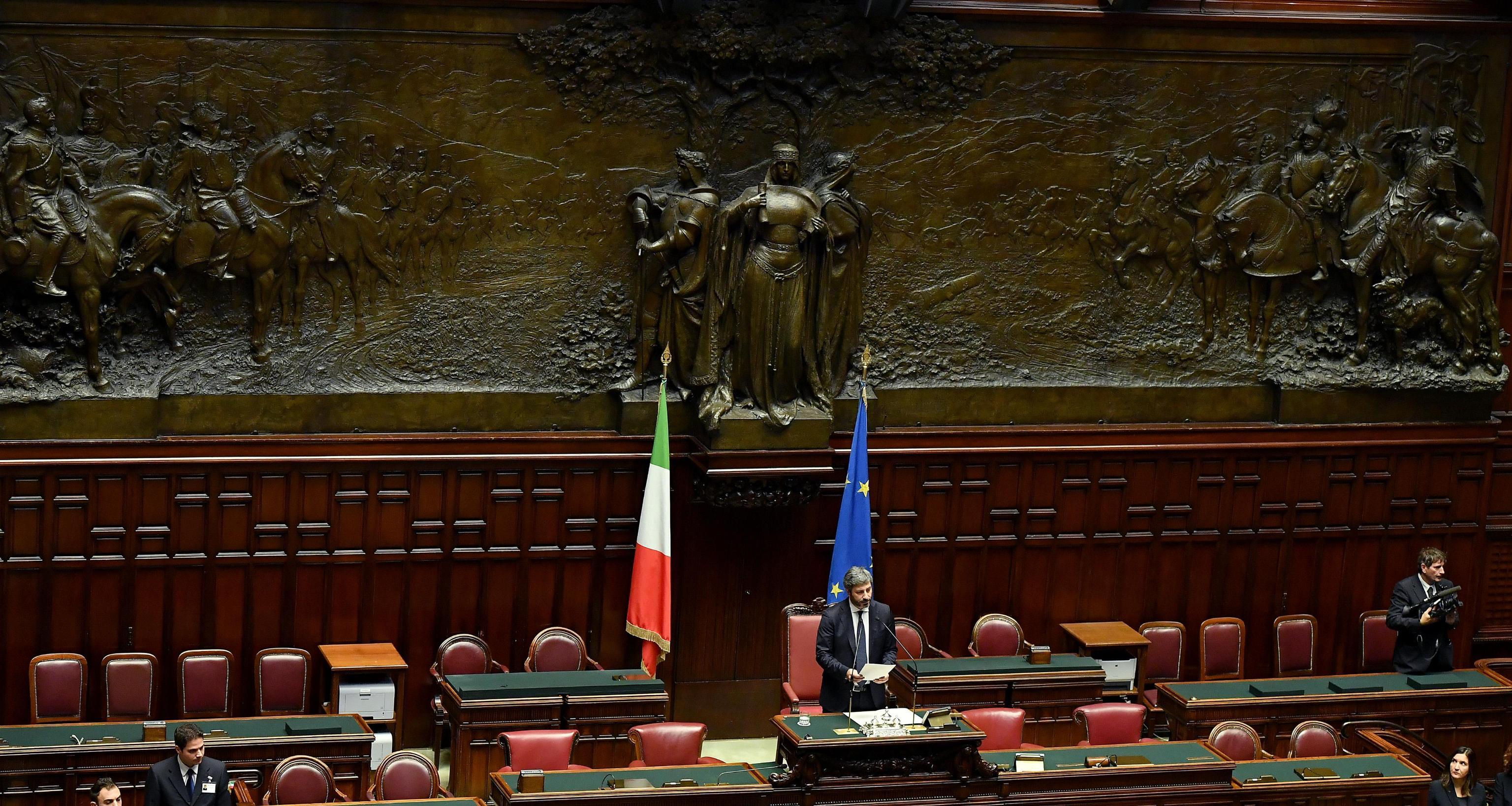 Parlamento egitto fico ingiustificabile virgilio notizie for Notizie parlamento italiano