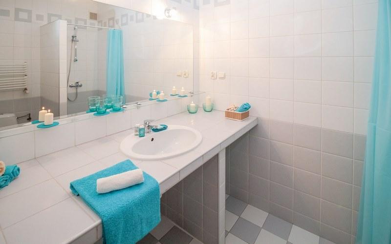 come decorare il bagno