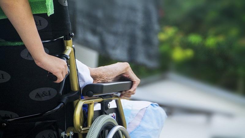 Quanto costa una casa di riposo per anziani?