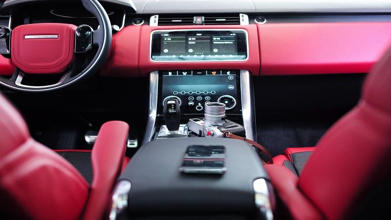 Sanificazione interni auto