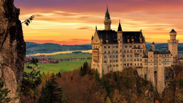 Dormire in un castello: pro, contro e prezzi