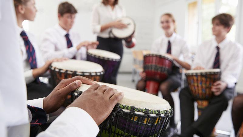 djembe, il tamburo africano