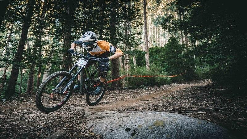 Consigli sulla bicicletta da downhill