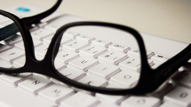 Guida alle lenti bifocali e progressive