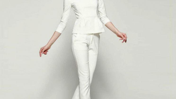 Ufficio Elegante Vita : Tailleur per donna: eleganza formale senza tempo paginegialle magazine