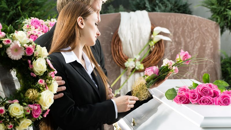 differenze funerale laico e religioso