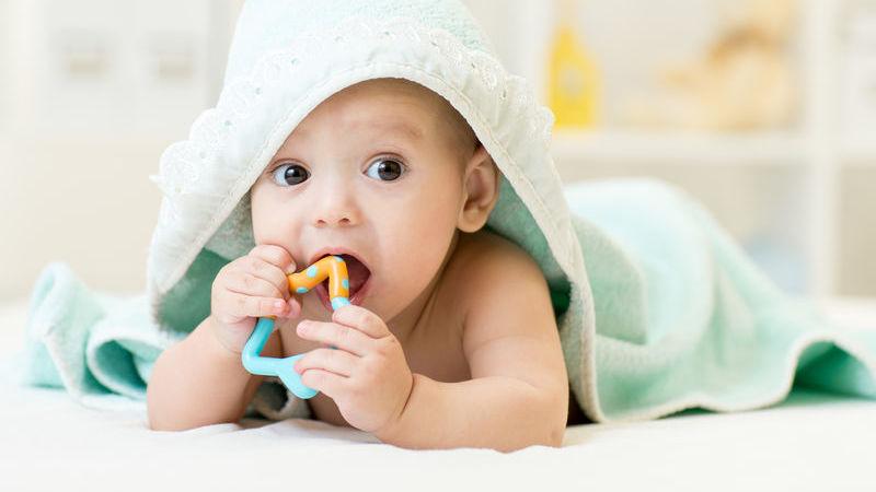 giochi per neonati mese per mese