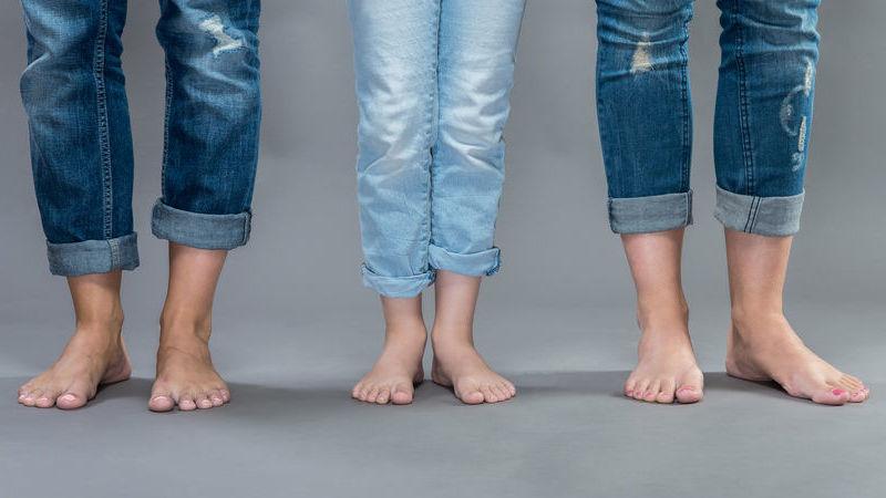 jeans larghi come indossarli