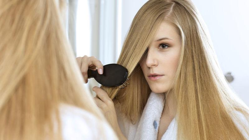 come fare lo scrub al cuoio capelluto