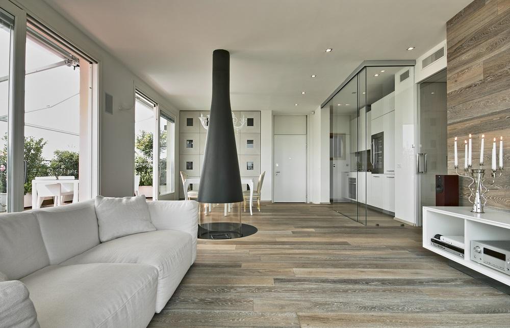 Gres porcellanato effetto legno marmo o pietra una - Davanzali interni ...