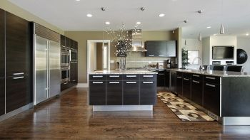 Pavimenti per cucina e soggiorno adatti a diversi stili di arredo