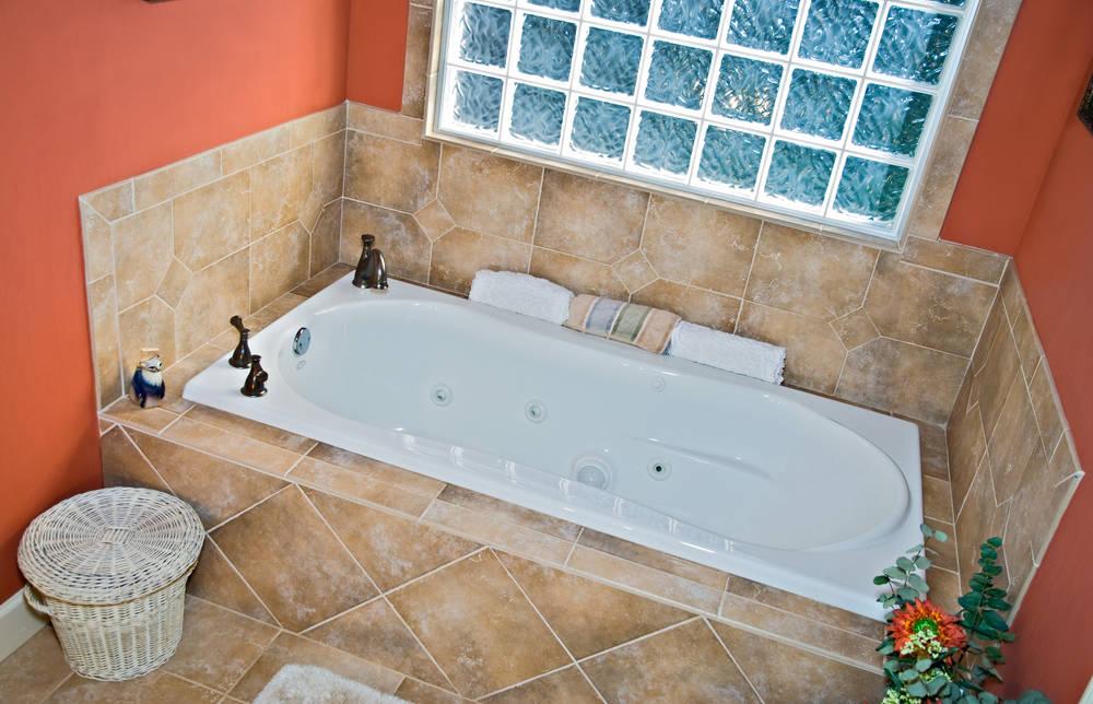 Vasche Da Bagno Prezzi E Misure : Rivestimento vasca da bagno qual è il materiale migliore