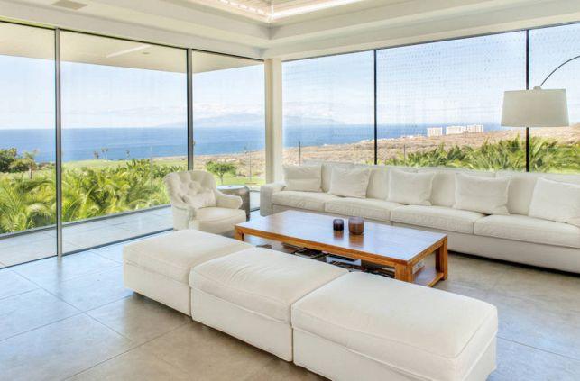 Quanto costa installare una veranda in vetro e alluminio per balconi?