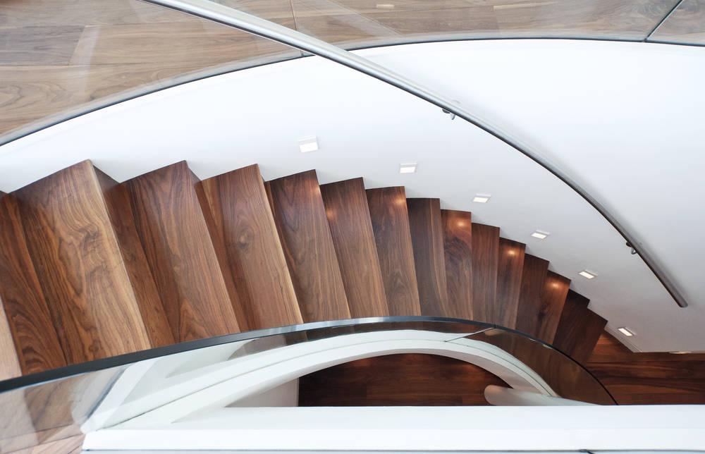 Scaletta In Legno Per Bagno : Scale interne in legno una scelta che fonde design e funzionalità