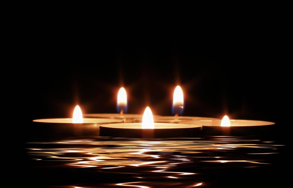 Illuminare Con Le Candele : Arredo del giardino come illuminare gli ambienti con torce e candele