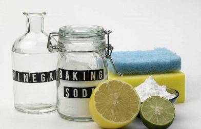 Rimedi naturali per eliminare gli odori di fogna dal bagno