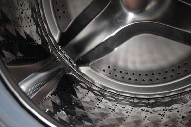 Aceto in lavatrice: ottimo per pulirla e come ammorbidente