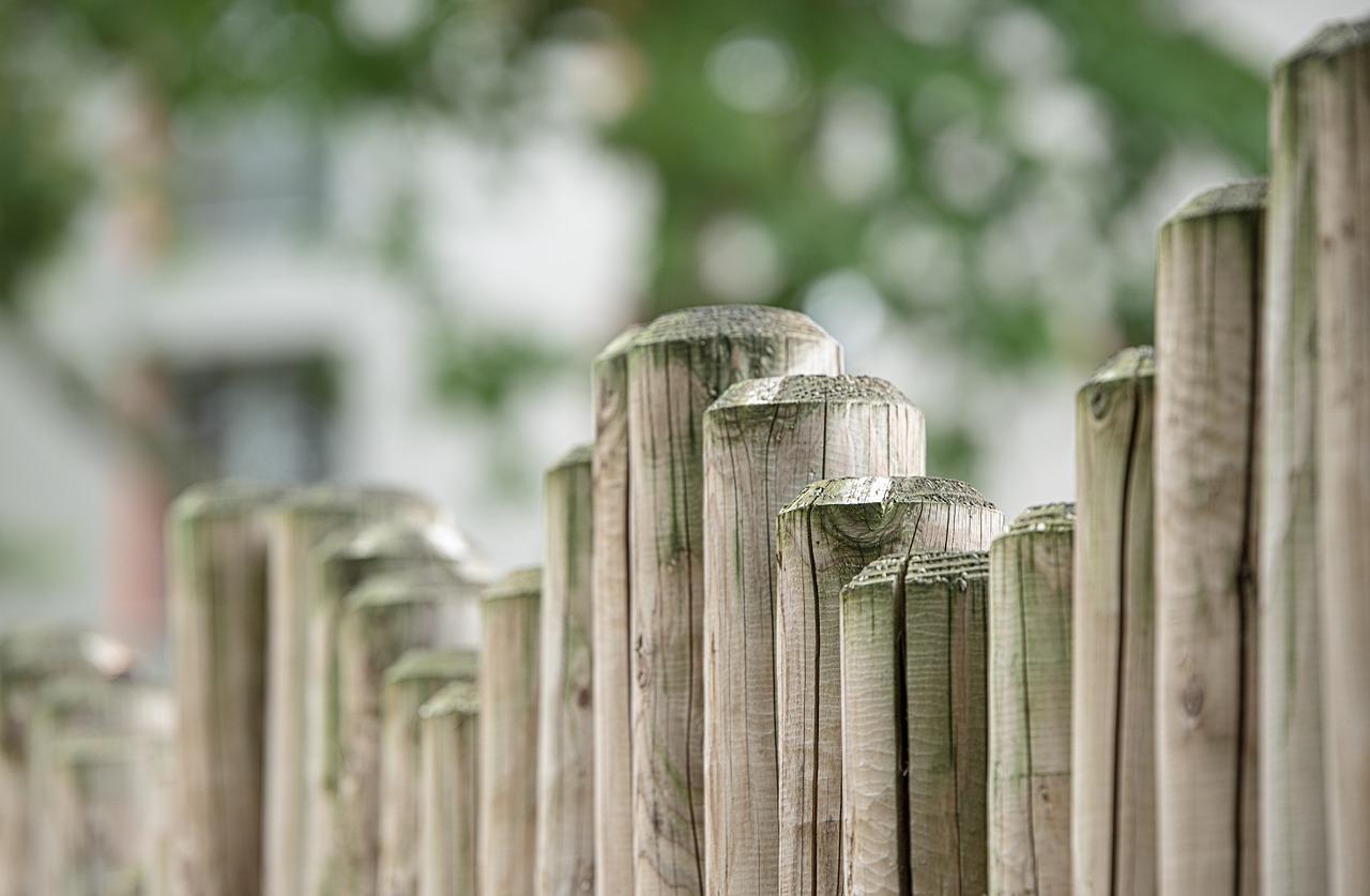 Recinzione legno