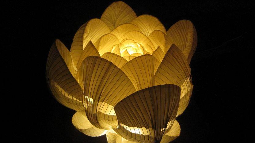 Lampadario Di Carta Velina : Lampade di carta: arredare con le luci in stile giapponese