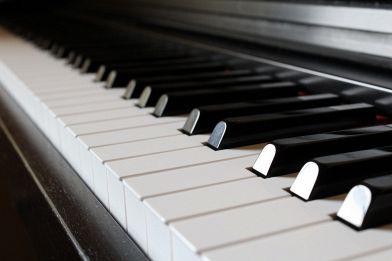 Come trasportare un pianoforte verticale: consigli e trucchi