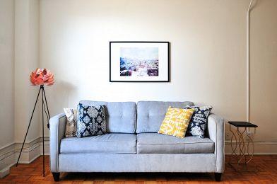 Trasporto divano: quanto costa traslocare un divano di grandi ...