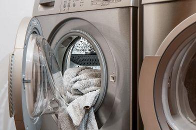 Oblò della lavatrice che non si apre? Possibili cause e soluzioni