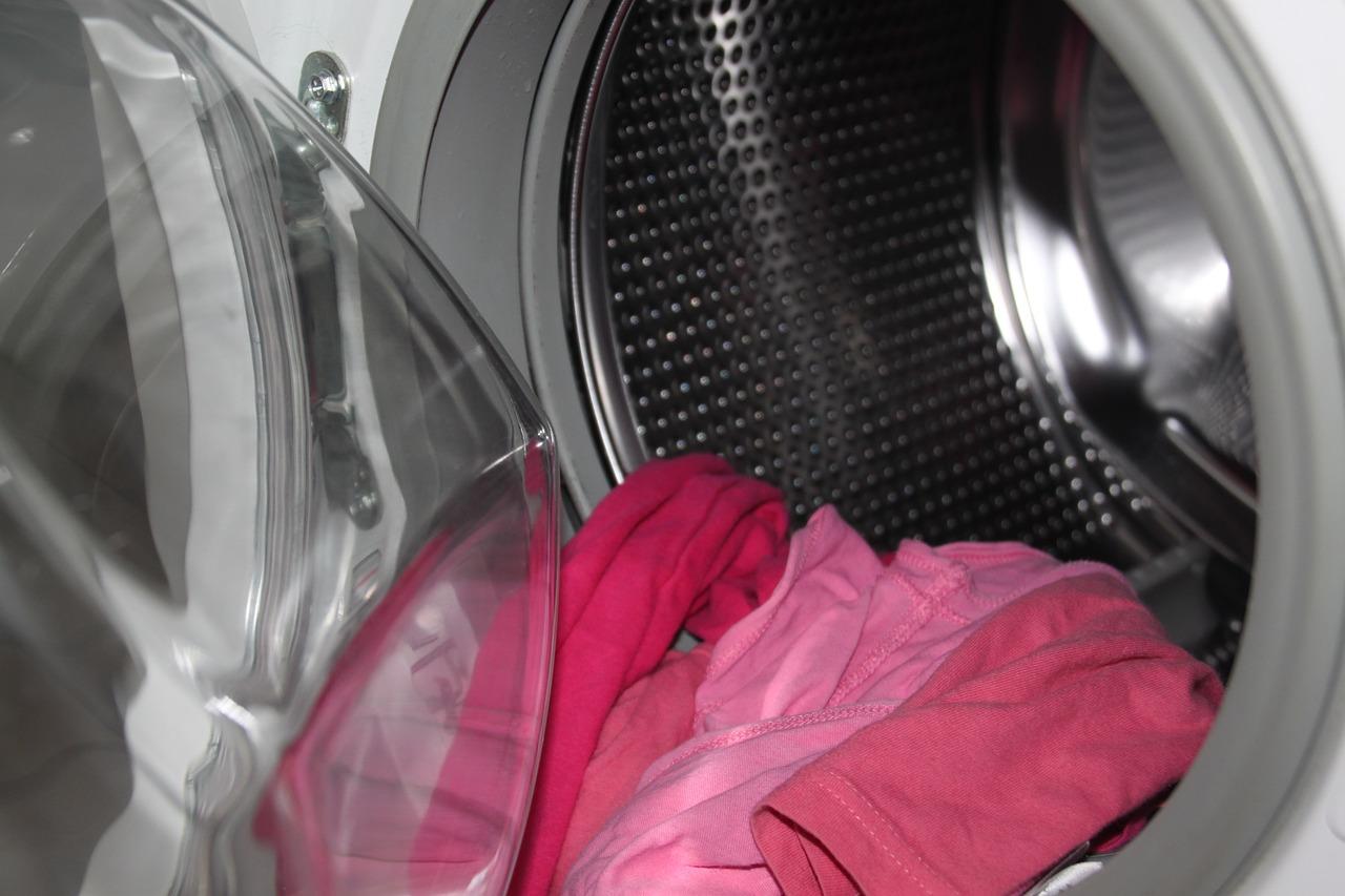 Lavatrice non centrifuga? Possibili cause e soluzioni