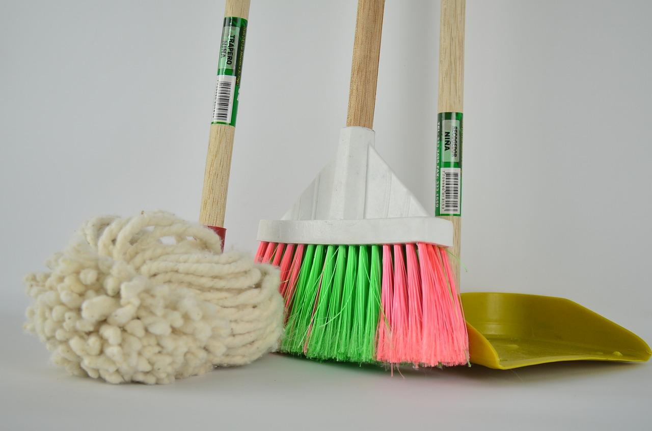 Imprese di pulizia: qual è il prezzo orario medio?