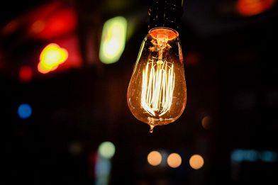 Lampade solari da giardino: come illuminare in modo sostenibile