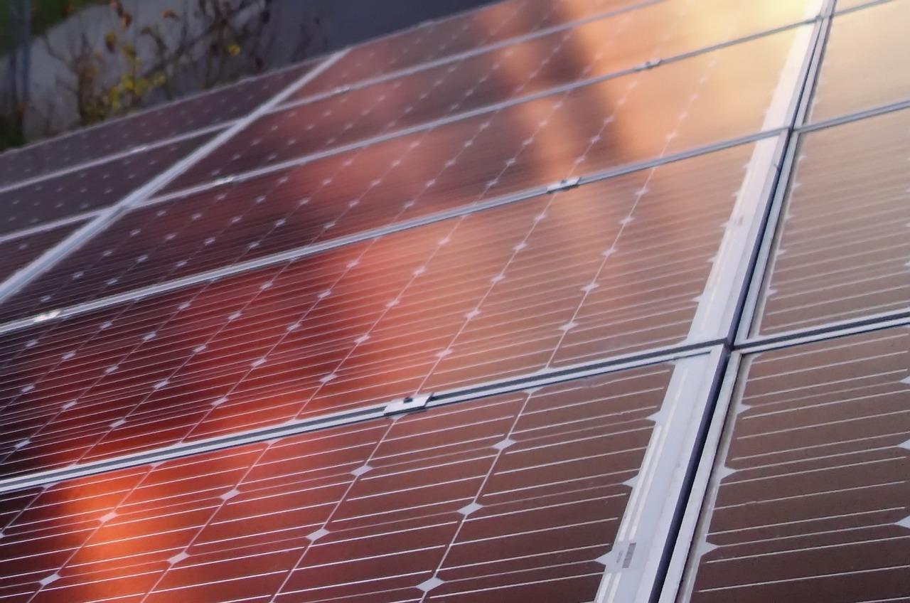 Vetri fotovoltaici: vantaggi e svantaggi