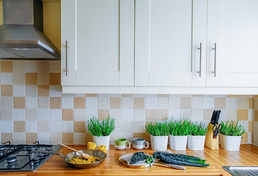 Paraschizzi cucina idee da copiare per cucine moderne
