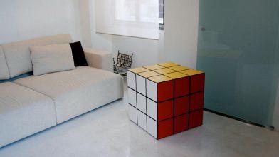 Camera Da Letto Stile Anni 80 : Arredare il soggiorno in stile anni 80: i 5 must have