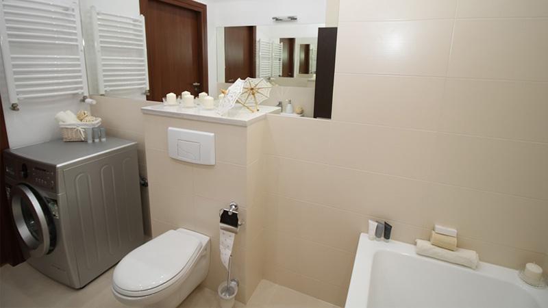 Arredo Bagno Compatto : Come arredare un bagno di servizio piccolo