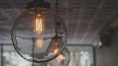 Illuminazione della mansarda: idee creative e funzionali