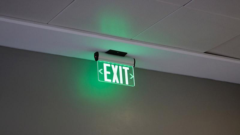 Plafoniere Led Con Emergenza : Lampade di emergenza a led luce in casa anche con un black out