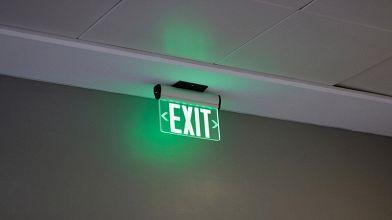 Plafoniere Led Con Emergenza : Lampade di emergenza a led: luce in casa anche con un black out