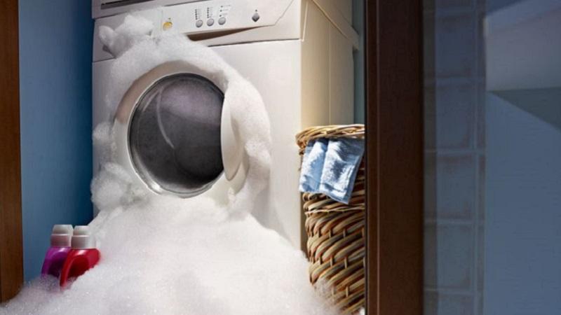 lavatrice troppa schiuma non
