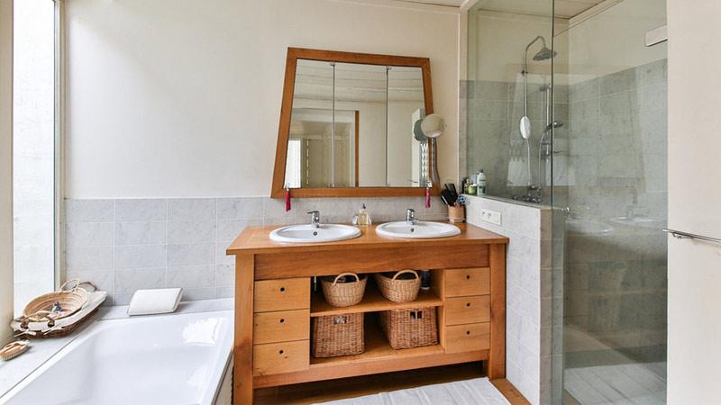 Set claudia mobili da bagno e specchio diversi colori