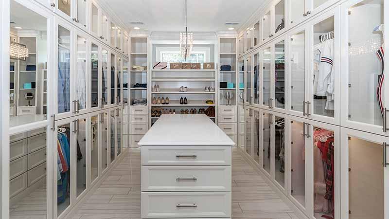 Come Organizzare Una Cabina Armadio : Consigli per progettare e arredare la tua cabina armadio
