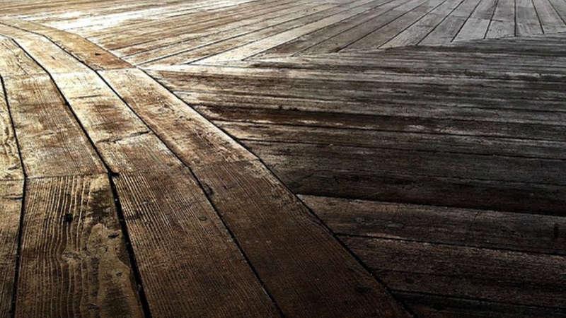 Pavimento Esterno Legno : Come trattare il legno per esterno e prepararlo all inverno