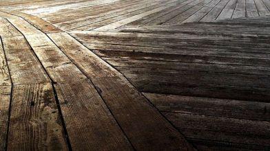 Pavimenti Rustici In Legno : Come trattare il legno per esterno e prepararlo allinverno
