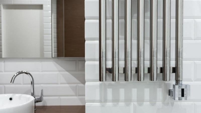 Riscaldare il bagno con lo scaldasalviette elettrico - Riscaldare casa gratis ...