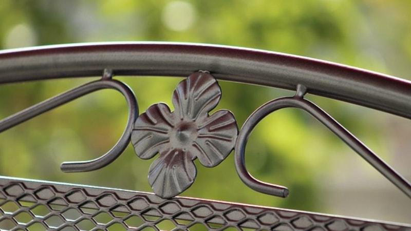 Arredi In Ferro Battuto Per Interni : Divano in ferro battuto idea per interni ed esterni